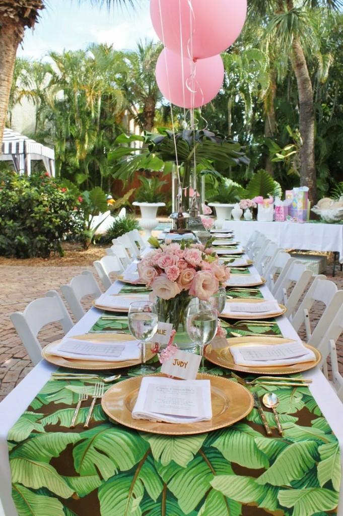 "Globos rosas en una ""Baby Shower"" de Palm Beach"